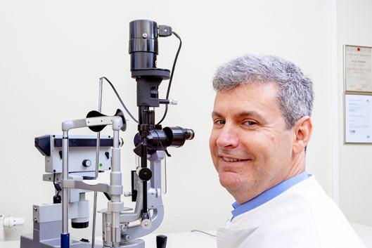 Dr. Horowitz ist zertifizierter Augenarzt und der richtige Ansprechpartner bei Diagnostik und Behandlung.