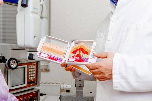 Egal ob Vorsorgeuntersuchung oder operative Versorgung, wir geben unser Bestes für Ihre Augen.